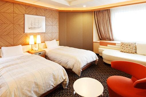 http://www.taiheiyo-ferry.co.jp/senpaku/kiso/img/pic_kiso_room02.jpg