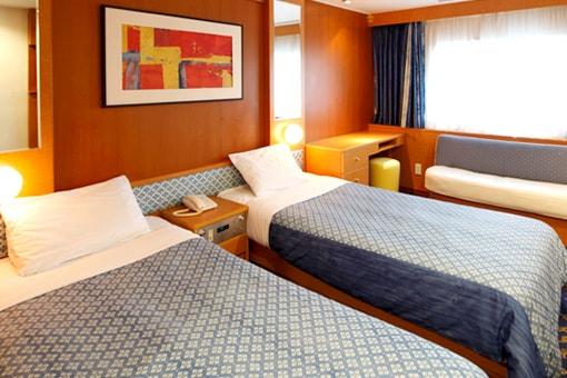 http://www.taiheiyo-ferry.co.jp/senpaku/kiso/img/pic_kiso_room04.jpg